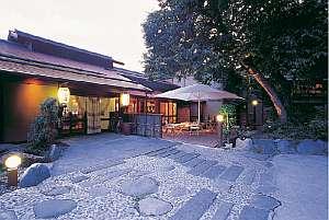 写真:島崎藤村ゆかりの宿 中棚荘