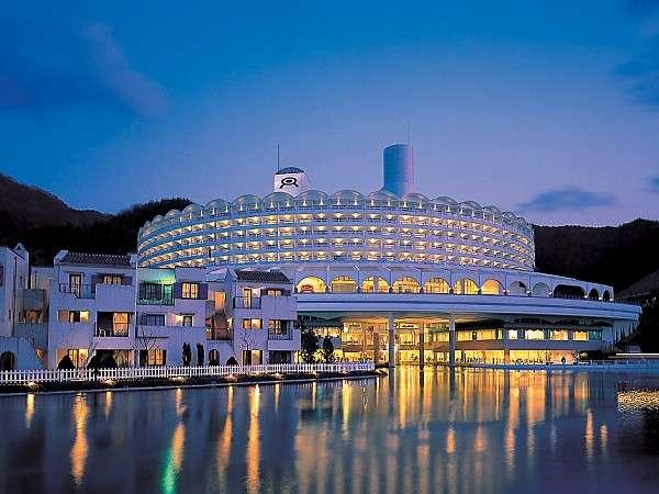 写真:大江戸温泉物語 ホテルレオマの森