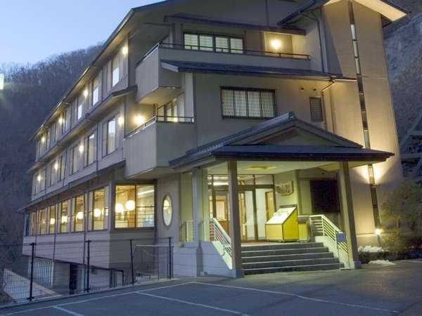 写真:帝釈峡観光ホテル 錦彩館