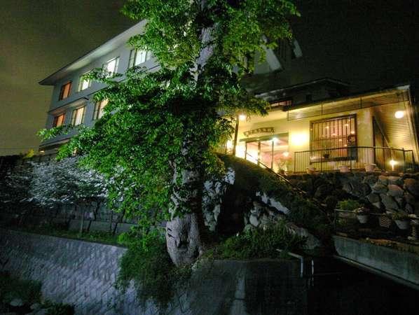 写真:甲州料理とワインの宿 千年湯 岩下温泉旅館
