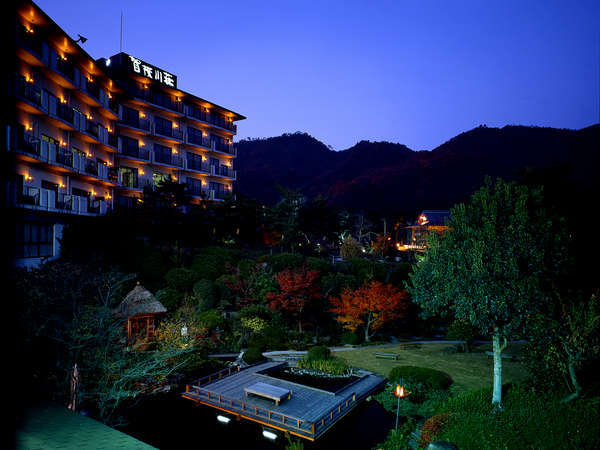 写真:湯坂温泉郷 ホテル賀茂川荘