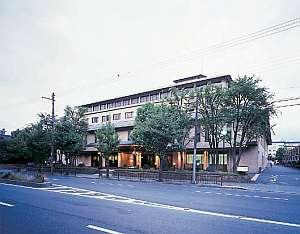写真:御所西 京都平安ホテル