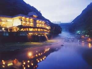写真:湯原温泉 八景