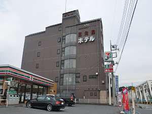 写真:ビジネスホテル三角屋