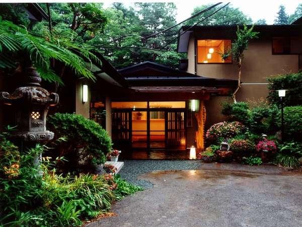 湯之沢 渓山荘