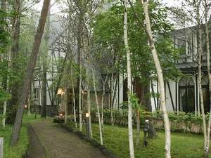 高原のホテル ラパン