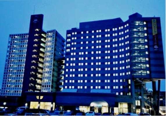 アパホテル<富山駅前>