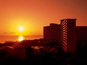 沖縄残波岬ロイヤルホテル