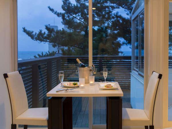 タカミヤ湯の浜テラス 西洋茶寮 写真