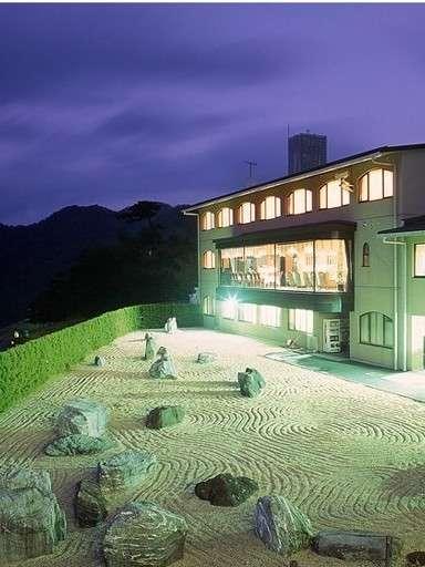 舞鶴カントリークラブ ホテル ザ・ロッジ