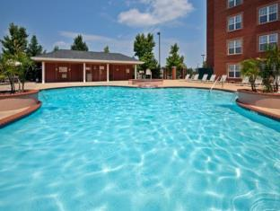 Holiday Inn Chantilly-Dulles Expo Airport