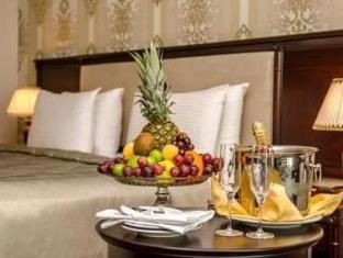 Ramada Baku Hotel 写真