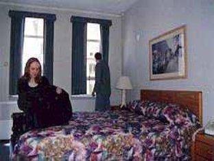 ホテル ハリントン 写真