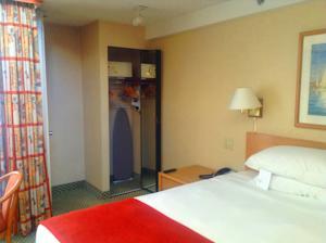 ハワード ジョンソン アナハイム ホテル アンド ウォーター プレイグラウンド 写真