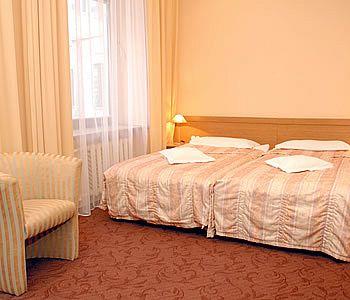 ホテル メトロポリス
