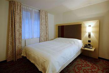 ホテル ガルニ テスタ グリジア
