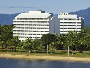 �̿���Holiday Inn  Cairns Harbourside
