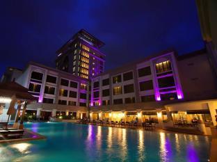 写真:ホテル ペーダナ コタ バール