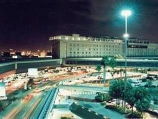 マイアミ インターナショナル エアポート ホテル