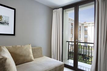 写真:ホテル サンティカ クタ バリ