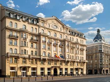 ポロニア パレス ホテル