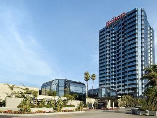 ヒルトン ロサンゼルス ユニバーサル シティ ホテル