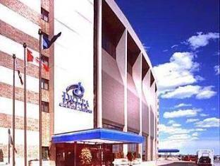 写真:デルタ カルガリー エアポート インターミナル ホテル