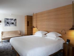 写真:ホテル マリニャン シャンゼリゼ