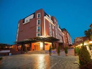 写真:ラマダ ホテル & スイーツ ブカレスト ノース
