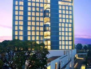 ダブルツリー バイ ヒルトン ホテル ジャカルタ ディポネゴロ