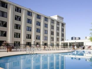 Holiday Inn Country Club Plaza
