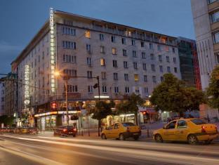 写真:スラビャンスカ ベセダ ホテル