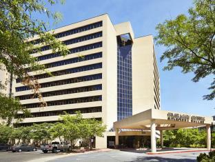 エンバシー スイーツ クリスタル シティ ナショナル エアポート ホテル