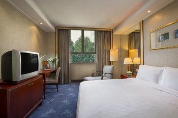 写真:メルキュール オン レンミン スクエア シーアン ホテル
