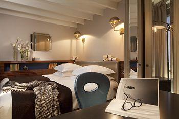 写真:ホテル ヴェルヌイユ