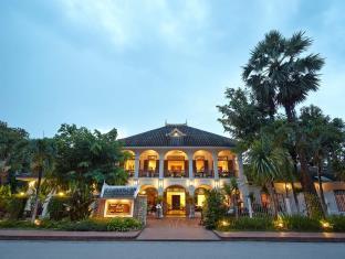 ヴィラ サンティ ホテル
