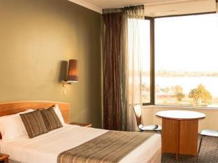 写真:ザ ニュー エスプラネイド ホテル