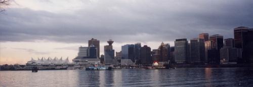 寒〜い季節にカナダへ行ってきました!<br />(パノラマ写真はウェブだと小さくなってしまうんですね、、、)<br /><br /> ☆ 旅のPhotoレポート : <br />  http://homepage3.nifty.com/bon_voyage/report.htm<br /> <br /> ☆ 管理人が泊まった!おすすめホテル・旅館 : <br />  http://homepage3.nifty.com/bon_voyage/osusume.html