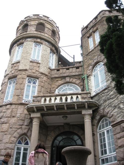 12月8日の写真紹介の続きです。花石楼の見学と、自由時間での市内散策です。