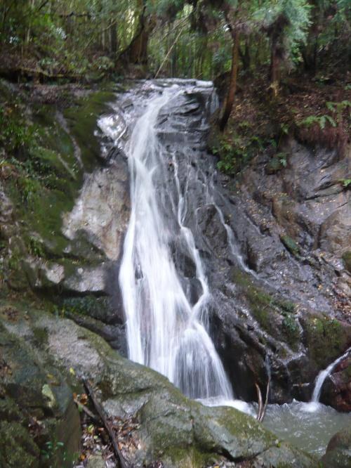 近場で滝見◆九品の滝(滋賀県栗東市)