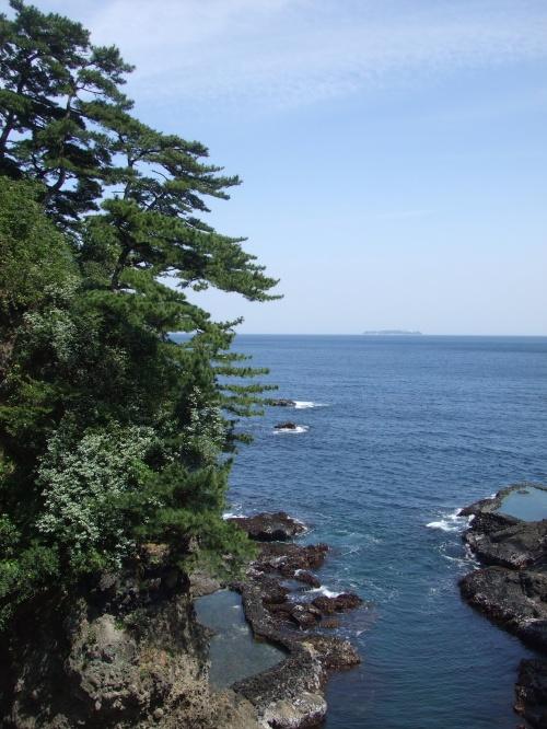 JRの1泊温泉旅行(エステ付き!)というのに惹かれ、行ってきました(^^)v<br /><br />なりゆきで気ままに行った『初島』がとても楽しかったです。<br />