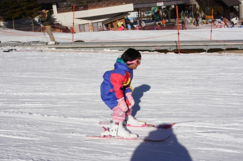 家族そろってスキー&ソリ遊び