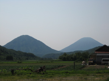 双子の羊蹄 羊蹄山と尻別岳