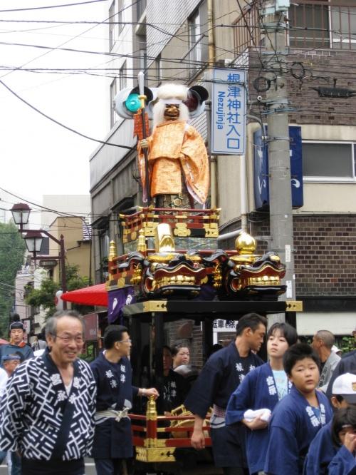 東京散歩−2−根津神社例大祭−