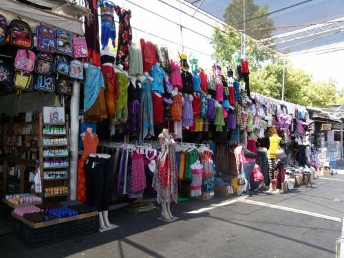 周りはみんなメキシカン:ガラクタ市のサンノゼ・フリーマーケット