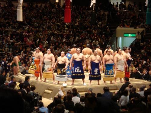 初めてだらけの大相撲初場所初日