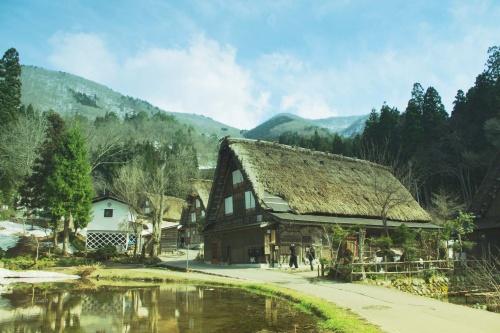 平湯温泉に泊まる和の旅~郡上八幡・白川郷・飛騨高山
