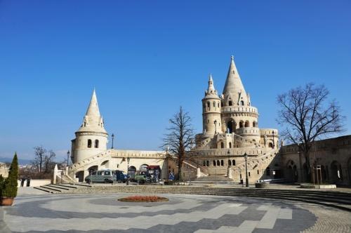 教会は、13世紀にベーラ4 ...