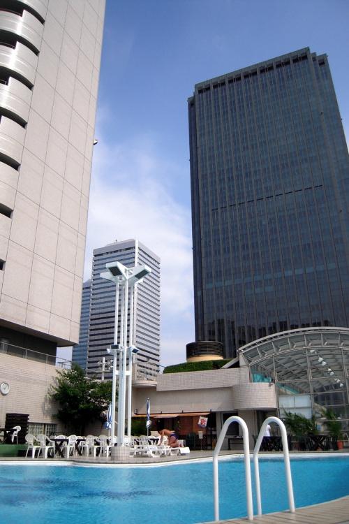 たった2日の夏休み♪プールサイドで楽しむサマーカクテルinホテルニューオータニ大阪