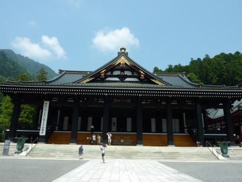 2010夏 22時間ステイの宿でまったり旅 ①小林やきそば店・身延山久遠寺